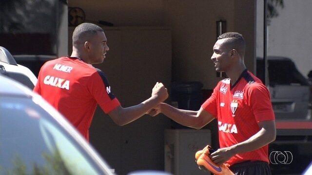 Atlético-GO se reapresenta após empate contra o Joinville