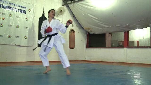 Dupla piauiense se destaca no Campeonato Mundial de Karatê disputado em Fortaleza