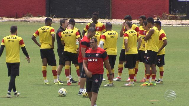 Vitória tem mudanças na para enfrentar a Chapecoense em Santa Catarina