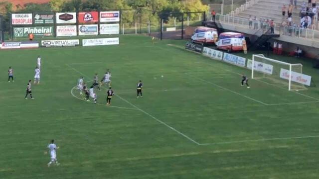 Romarinho marca bonito gol pelo XV de Piracicaba contra o Votuporanguense