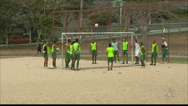 Serrano faz último treino antes da final da 2ª Divisão