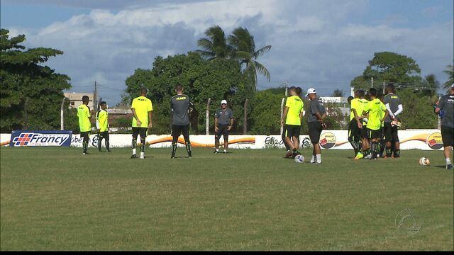 Botafogo-PB faz treino secreto antes da partida contra o Internacional-PB