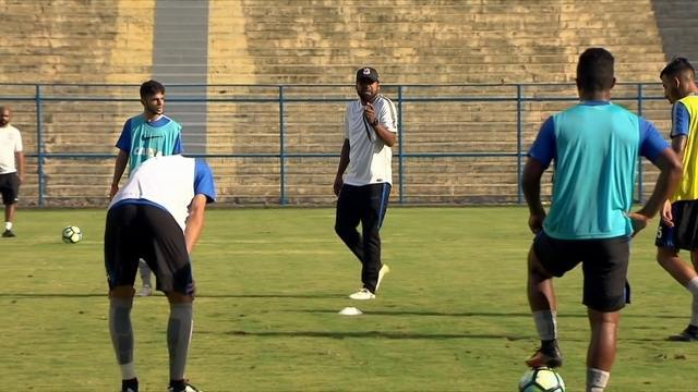 Ex-jogador do Corinthians, Coelho agora descobre talentos na base do clube