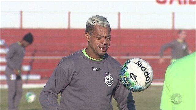 Inter de Lages aguarda retorno do meia Marcelinho Paraíba