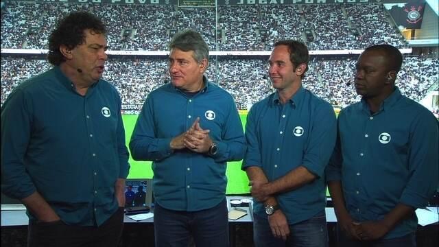 Comentaristas analisam polêmicas do primeiro tempo entre Corinthians e São Paulo