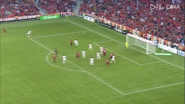 Veja as imagens de Atlético-PR 0x3 Coritiba, pelo jogo de ida da final do Paranaense
