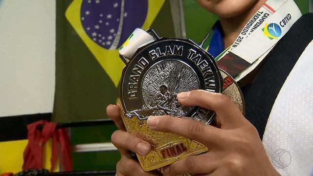 Juiz-forana conquista ouro no Mineiro de Taekwondo, em Betim