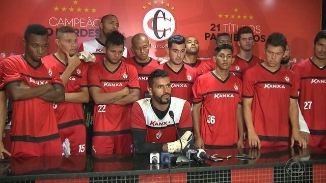 Jogadores se fecham e negam crise após derrota na estreia da Série D do Brasileiro