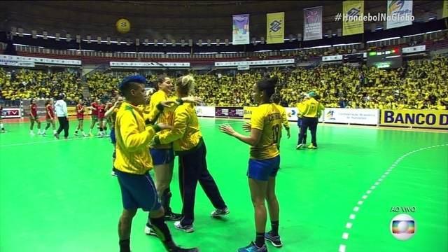 Os melhores momentos de Brasil 35 x 29 Portugal na decisão do Torneio 4 Nações de handebol
