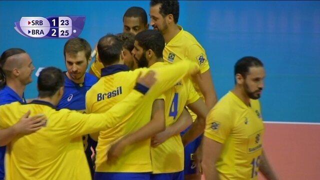 Melhores momentos de Sérvia 1 x 3 Brasil pela Liga Mundial de vôlei