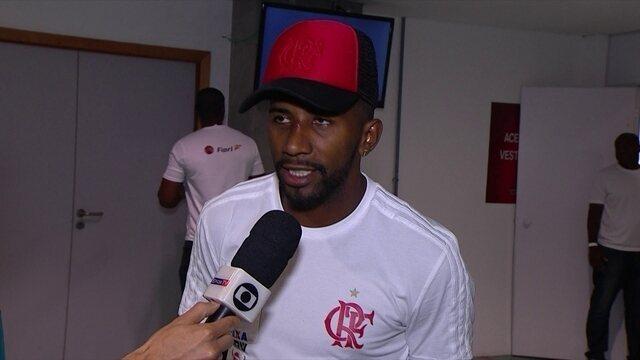 Rodinei diz que até gol de canela valia a vitória do Flamengo