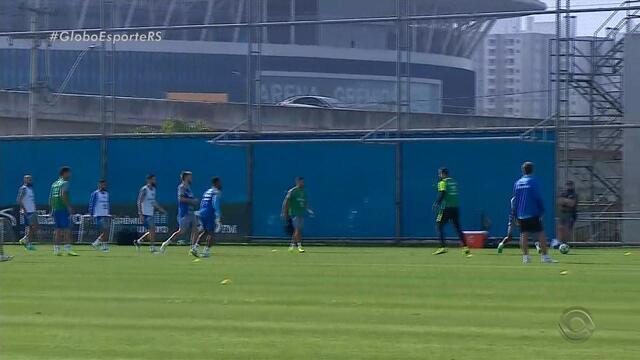 Grêmio tem atividade leve para titulares e Edílson alerta para importância da recuperação