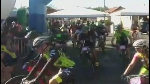 Competição de ciclismo e MTB reuniu atletas amadores e profissionais em Cascalho Rico