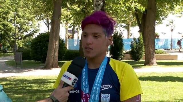 Agora é ouro: Ana Marcela conquista terceira medalha no Mundial de esportes aquáticos