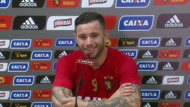 Sport aposta num gringo para jogão contra Palmeiras: Mena tem sido destaque no Leão
