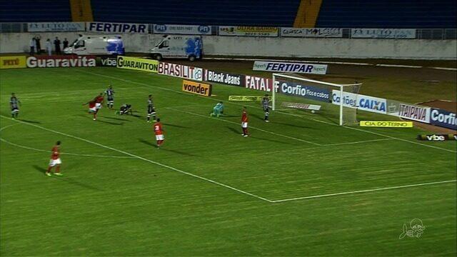 Ceará é goleado pelo Boa Esporte, mas segue no G-4 da Série B
