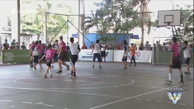 Quartas de final agitam a 13ª edição da Copa TV Tribuna de Handebol Escolar