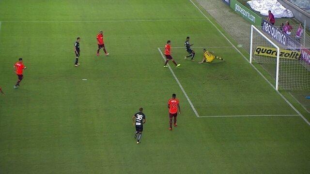 O gol de Santos 1 x 0 Atlético-PR pela 25ª rodada do Campeonato Brasileiro 2017
