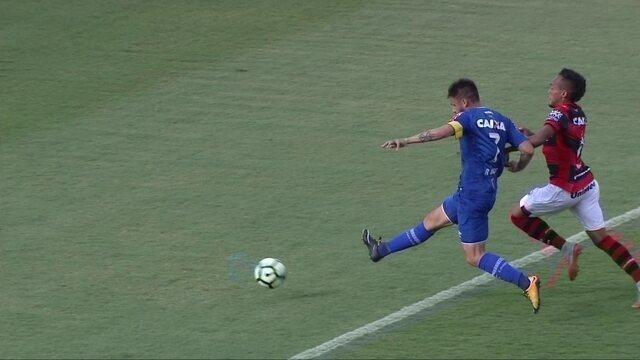 BLOG: Nonoca, Arthur, Ronaldo e a afirmação de vários jovens volantes na Série A