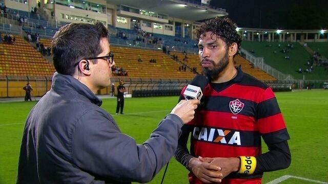 """Wallace comenta empate com o Santos: """"Foi um jogo equilibrado"""""""