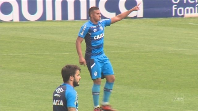 Avaí recebe o Botafogo tentando reencontrar o caminho das vitórias