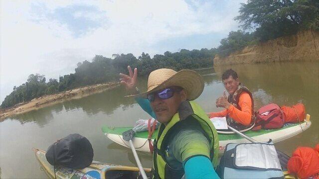 Dupla de aventureiros rema 120 km de Candeias do Jamari até o Distrito de São Carlos em RO