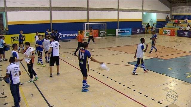 Itaporanga garante classificação para semifinal da Copa TV Sergipe