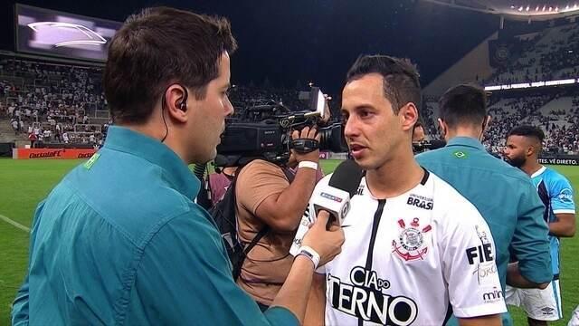 """Rodriguinho destaca vantagem mantida no campeonato: """"A gente continua muito forte"""""""