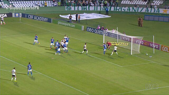 """Coritiba """"espanta a zica"""" e vence no Campeonato Brasileiro"""