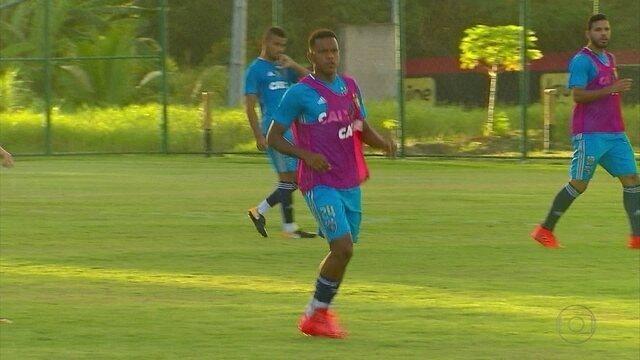 Frente ao Santos, Sport quer se espelhar em 2015 para deslanchar na Série A