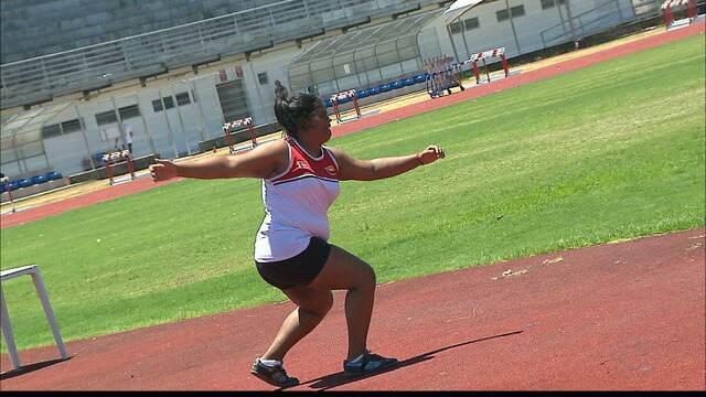 Inspirada em Adressa, Fabyolla Ribeiro supera marcas da ídolo e vira promessa do atletismo