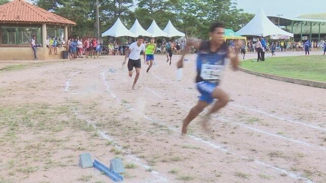 Bi-campeão do atletismo dos Jogos Escolares de Rondônia fica com a prata no Joer 2017
