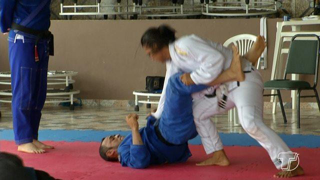 Delegação santarena volta a cidade depois de competição em Belém, no Pará