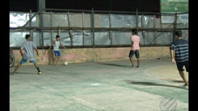 GE Comunidade: quadra do bairro da Jaderlândia