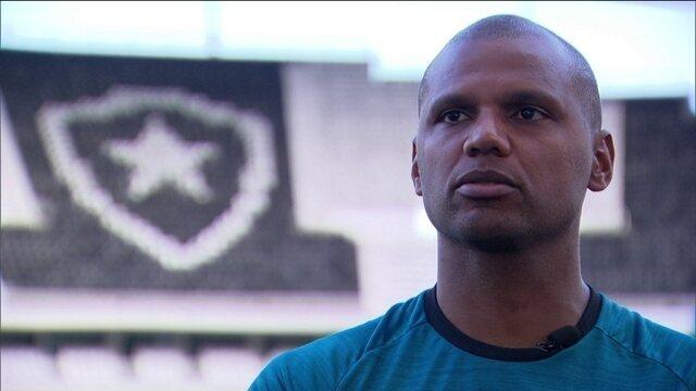 Recuperado, Jefferson não descarta revezamento com Gatito em sua volta ao gol do Botafogo