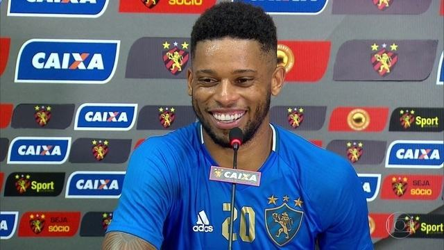 No Sport, André traça meta de gols para a temporada