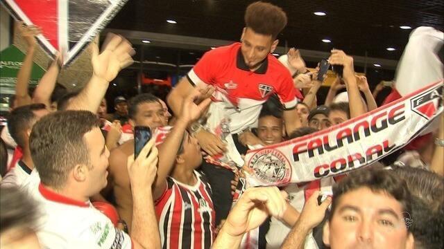 Ferroviário tem recepção calorosa após eliminar Sport, pela Copa do Brasil