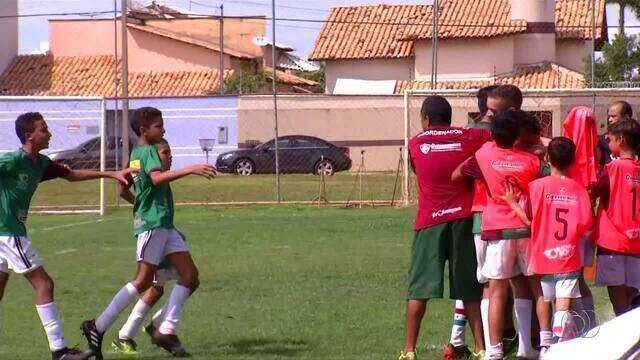 Fluminense sai na frente do Flamengo na decisão do Estadual Sub-12 Tocantinense