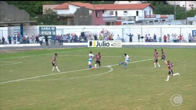 Parnahyba e River-PI jogam no litoral em partida sem gols