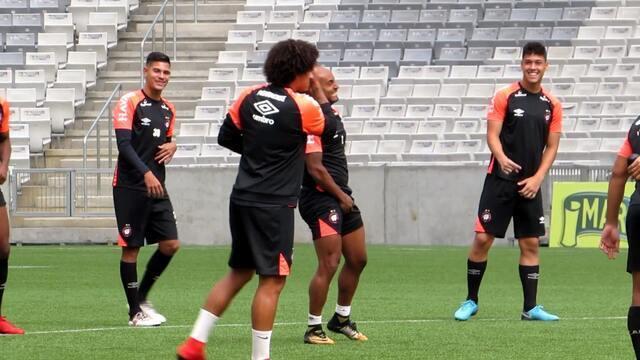 Com caras novas, Atlético-PR treina para jogo decisivo da Copa do Brasil