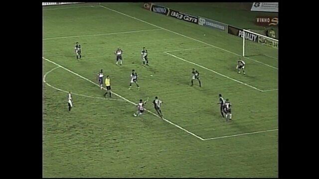 Gols do Osvaldo: atacante marca sobre o Icasa na decisão do Cearense de 2008