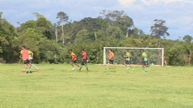 A espera do julgamento do Fast, Manaus treina de olho na fase final do estadual
