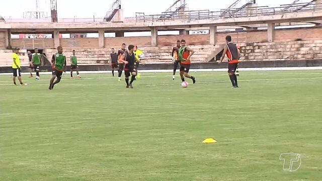Após vitória fora de casa, São Raimundo treina para duelo no Colosso contra o Bragantino