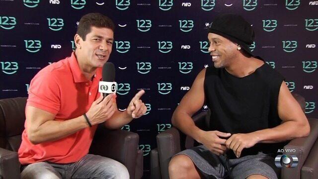 Aposentado, Ronaldinho Gaúcho visita Goiânia com foco na música