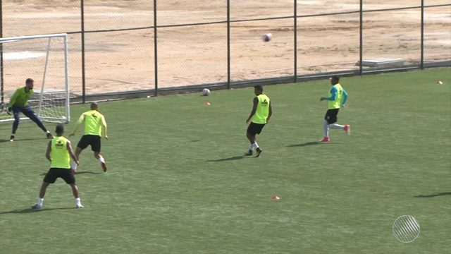Vitória da Conquista enfrenta o Bahia de Feira neste sábado (24), pelo Campeonato Baiano