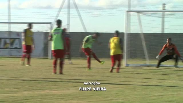 CRB joga contra o Coruripe no Estádio Gerson Amaral