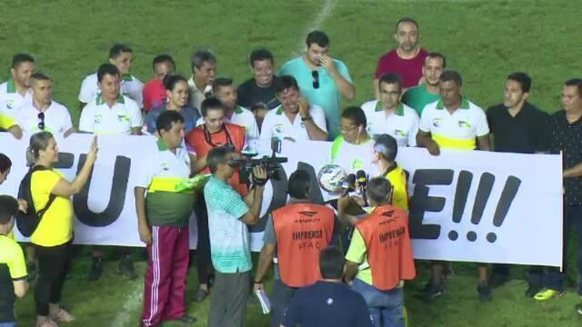 Árbitro Carlos Ronne se despede da arbitragem em partida do Campeonato Acreano