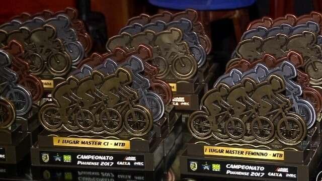 Ciclistas recebem prêmios da temporada 2017 da federação piauiense