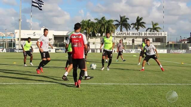 Vitória enfrenta o Ferroviário nesta quarta-feira (21) pela Copa do Nordeste