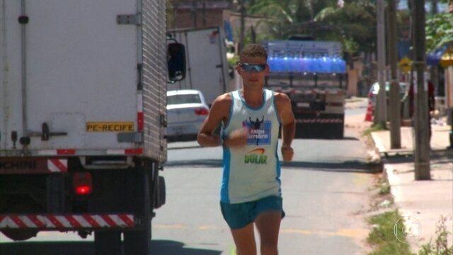 Maratonista tenta superar dificuldades e se firmar na carreira